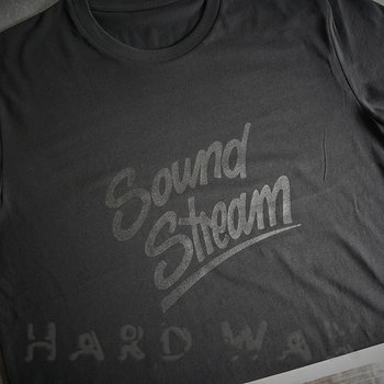 Cover art - T-Shirt, Size XL: Black On Black