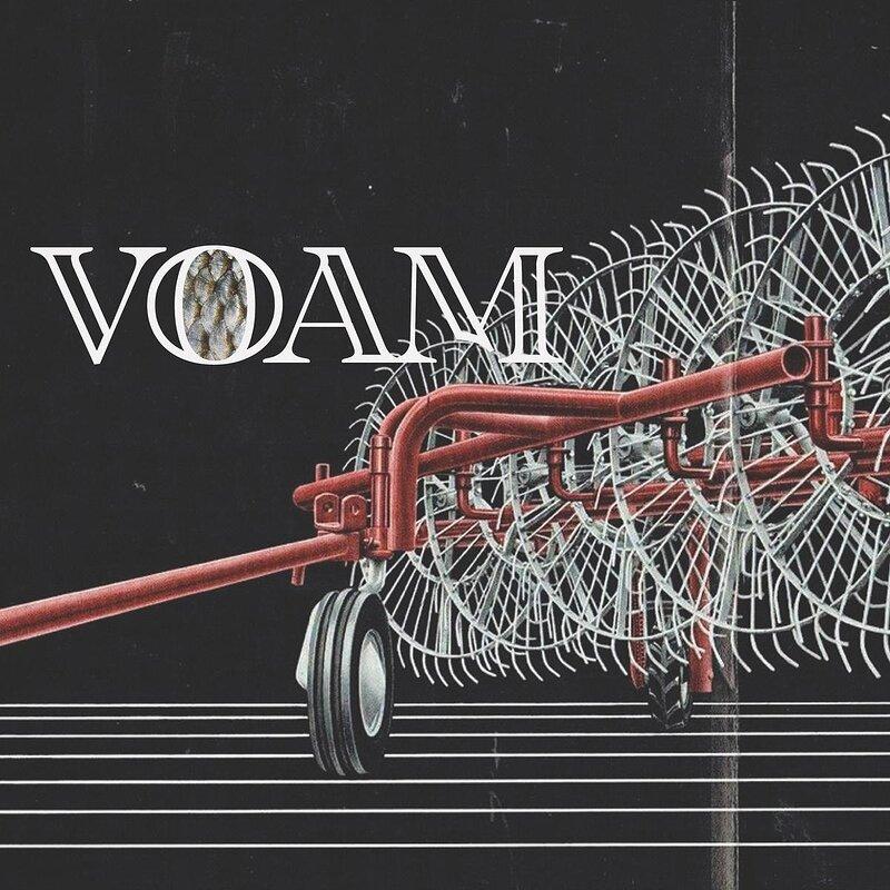 Cover art - Karenn: Music Sounds Better With Shoe