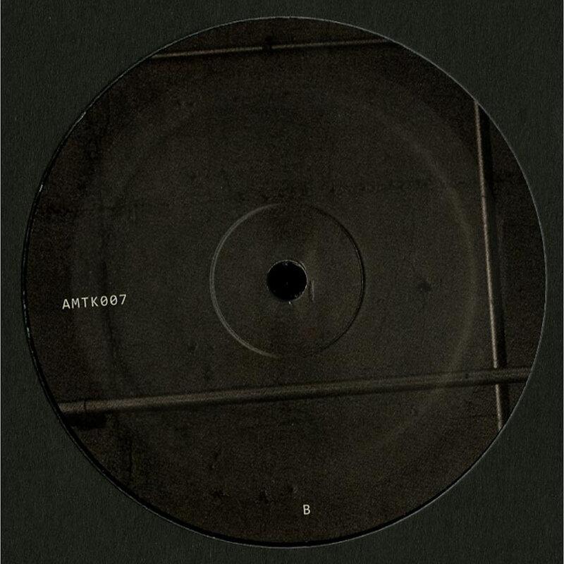 Cover art - Amotik: Ikis