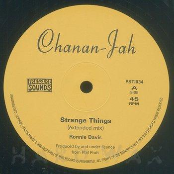 Cover art - Roonie Davis: Strange Things