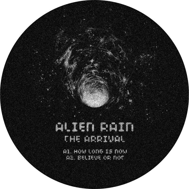 Cover art - Alien Rain: The Arrival
