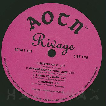 Cover art - Rivage: Sittin' On It